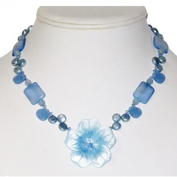 Blue Beaded Necklace with Mother-of-Pearl Flower Pendant