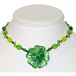 Green Necklace with Mother-of-Pearl Flower Pendant