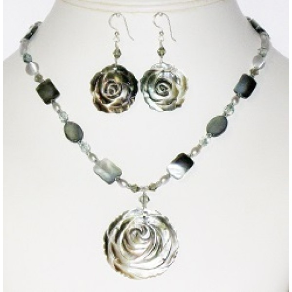 Grey Flower Pendant Necklace and Earrings Set