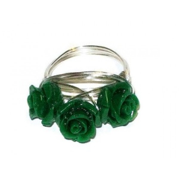 Emerald Green 3 Flower Ring